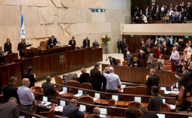 israil-parlamentosunda-ezan-okudu_81588